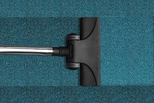 vacuum-cleaner-268179_640